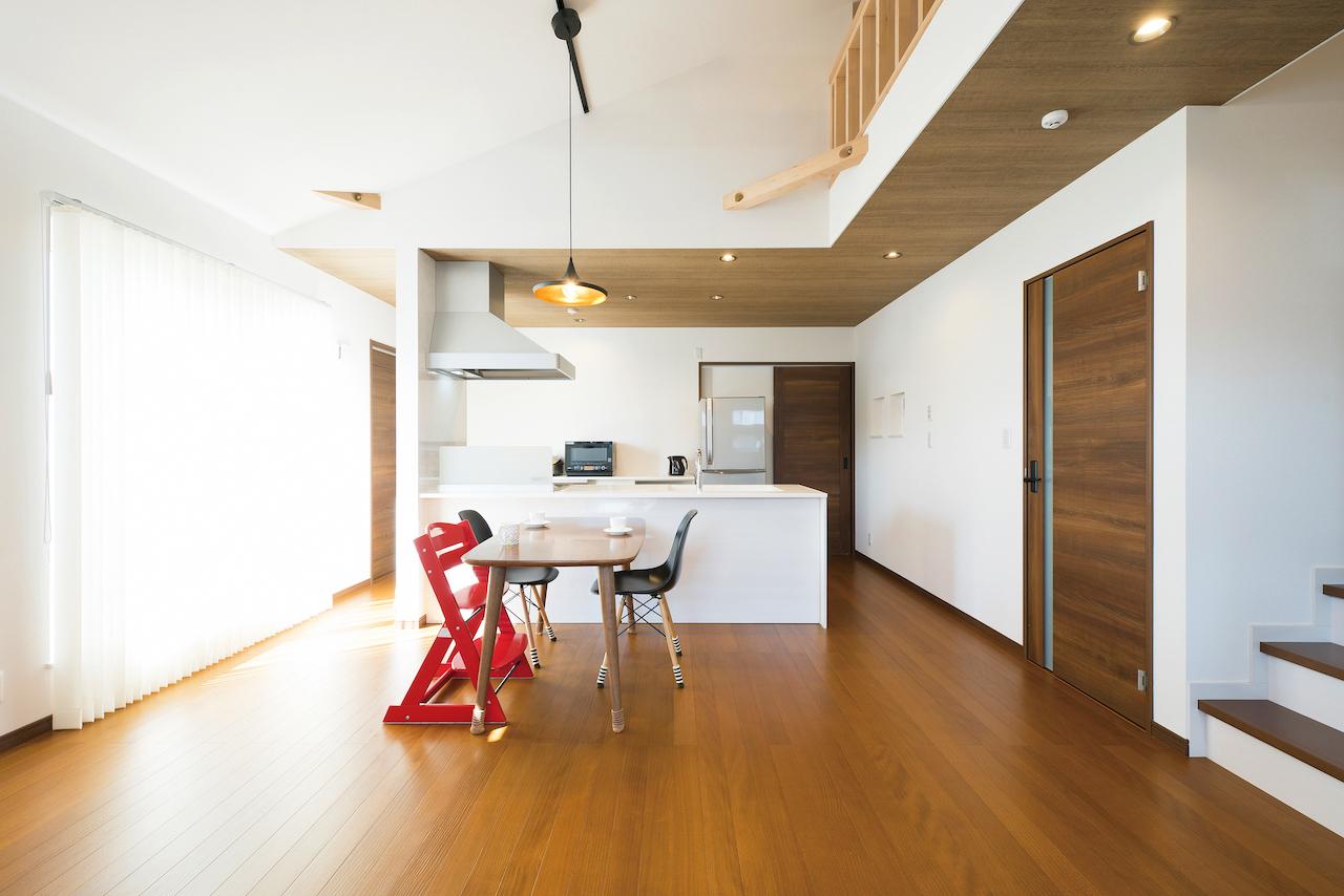プロが解説|床に使用する木材の種類と無垢床のススメ《第2回:無垢床の優位性と魅力に迫る!》
